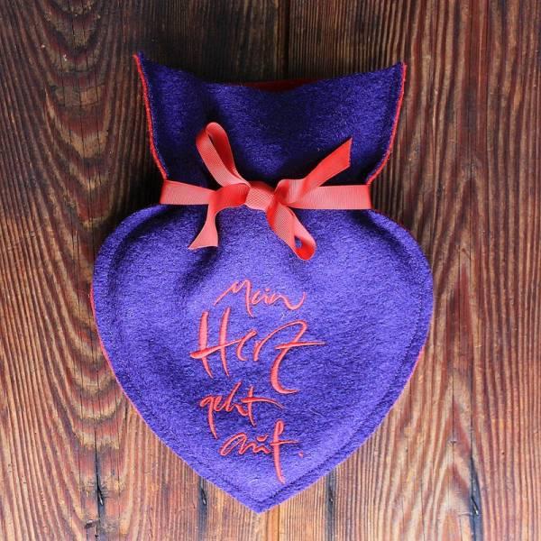 """Herz-Wärmflasche """"Mein Herz geht auf """" Violett/Rot"""